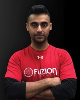 gym staff dasmeet for jump start program in gym at fuzion fitness brampton on