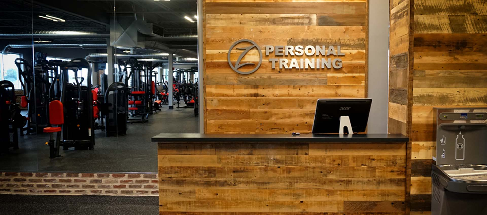 reception-desk-for-personal-training-fitness-gym